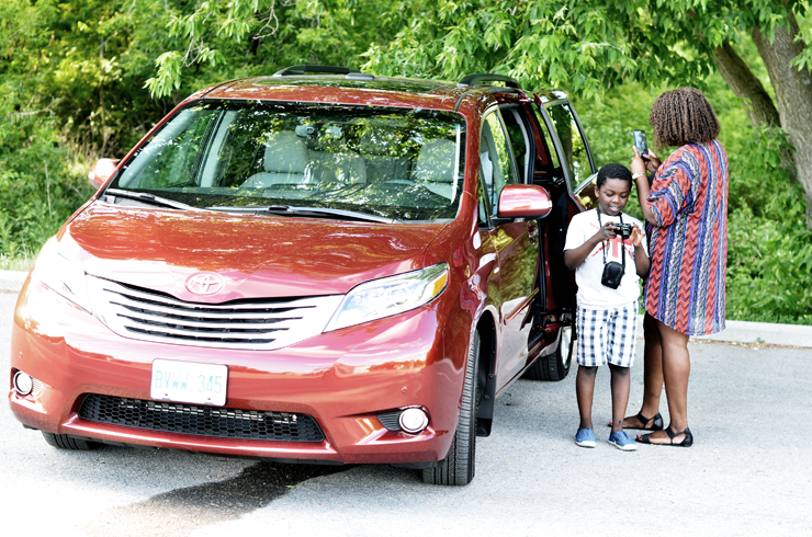 road-trip-with-toyota-sienna-1canada-mycurves-and-curls-canadian-influencer