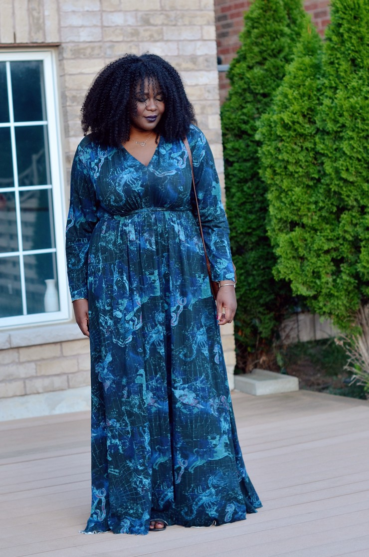 The perfect Fall Plus Size Maxi Dress | My Curves And Curls