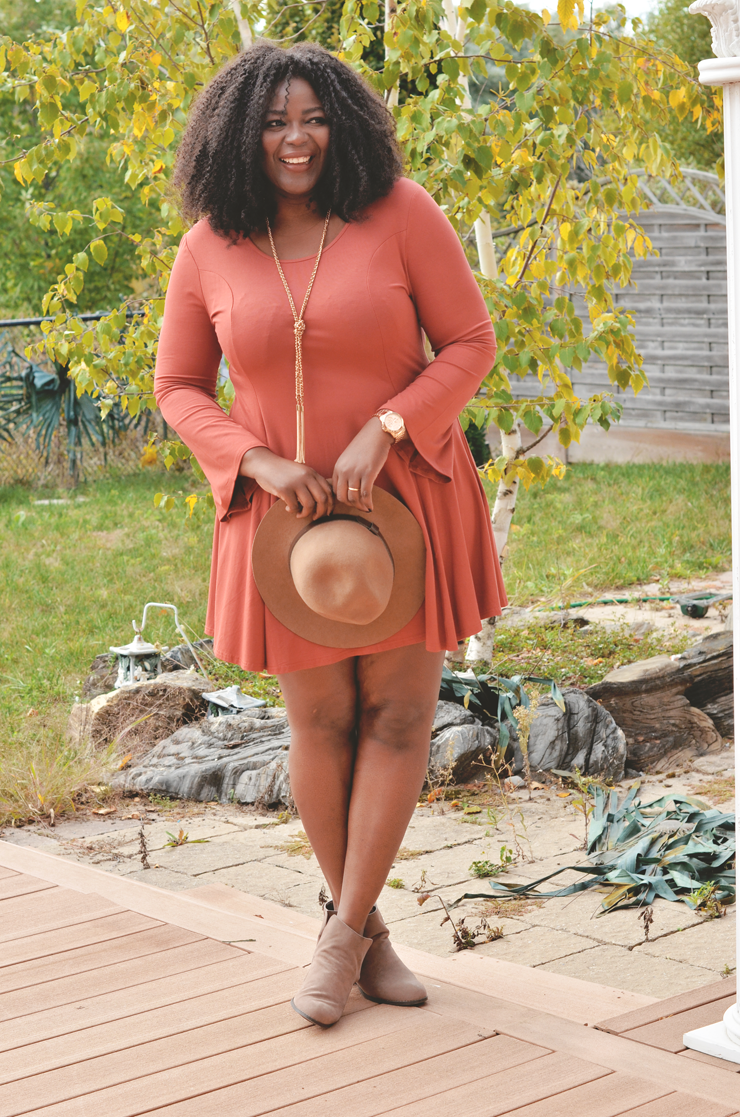 Fall outfit idea- plus size flare sleeve dress- My curves and curls