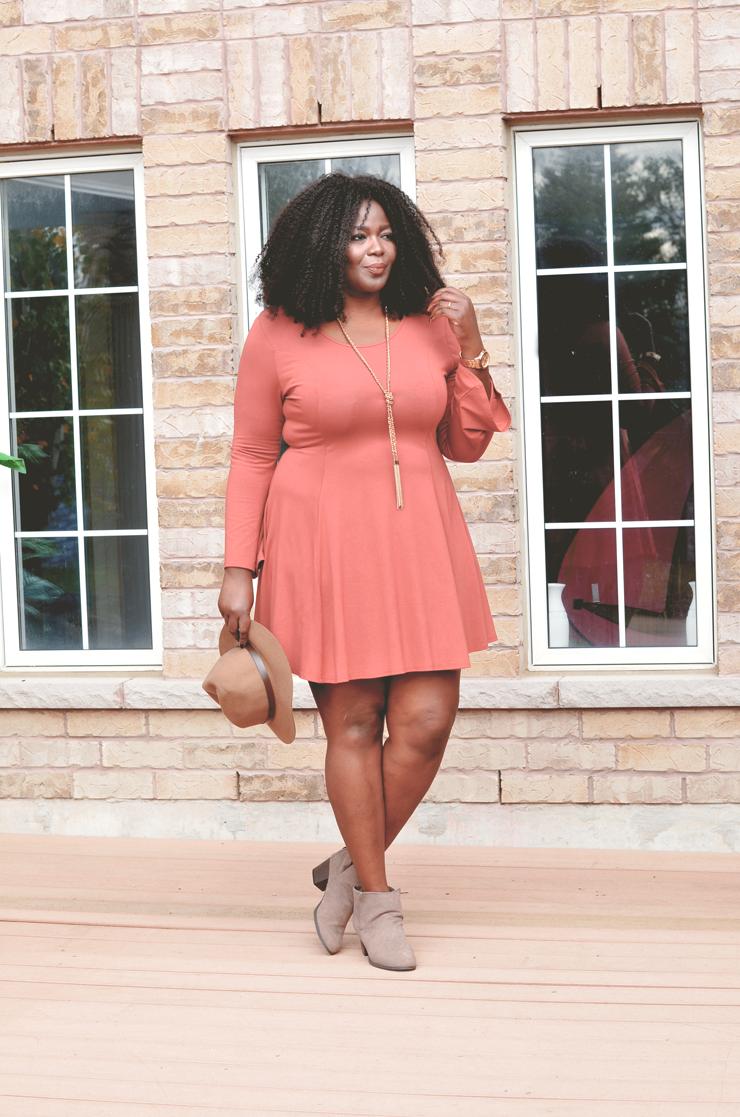 plus-size fall outfit idea -flare-bell sleeve-mycurvesandcurls.com boho style