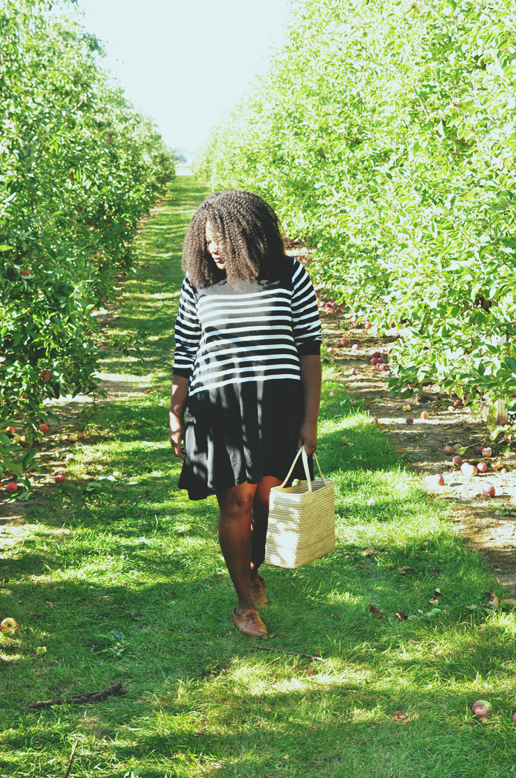 what-to-wear-to-apple-picking