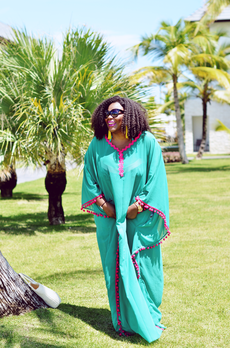 How to a make a kaftan coverup- Travel blogger-chic punta cana