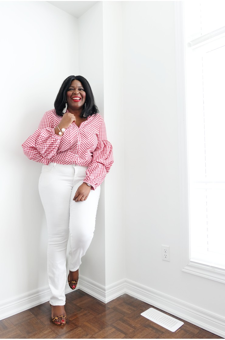 61d5a0a747a 5 places to buy Affordable plus size clothing in Canada- Gingham top and  white denim