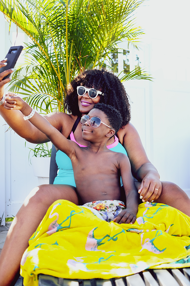 Capturing vacation photos with your mobile device- Toronto mommy blogger