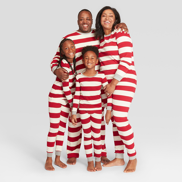 3a52e523ea 5 Places To Matching Family Holiday Pajamas My Curves And Curls