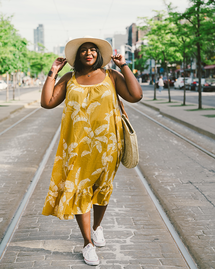 20 fab Plus size dresses to wear with sneakers | My Curves ...